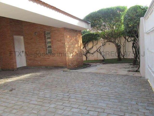 Casa Excelente de Esquina com Terreno 720m² na Rua da Paz - Foto 6