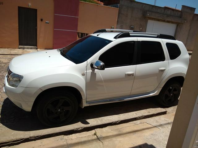 Vendo Duster 1.6 completo manual bem conservado