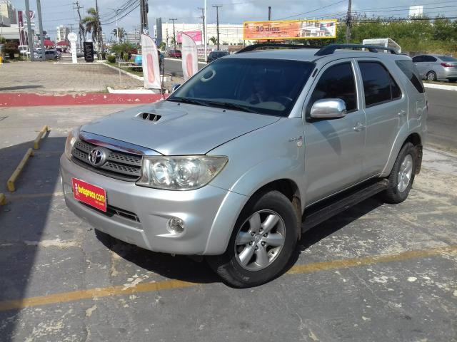 TOYOTA HILUX SW4 2009/2010 3.0 SRV 4X4 7 LUGARES 16V TURBO INTERCOOLER DIESEL 4P AUTOMÁTI