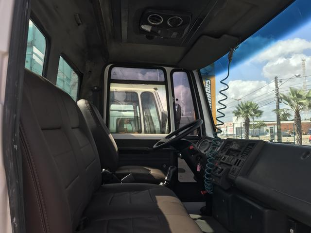 Ford cargo 1517 pipa - Foto 6