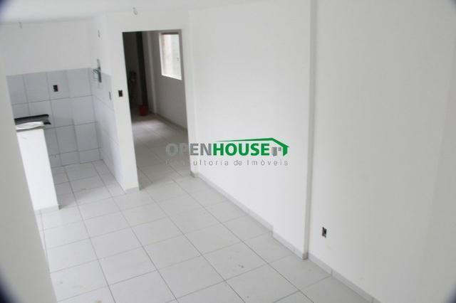 Lindo Apartamento 2/4, sala/jantar, cozinha, banheiro e vaga de garagem - Foto 5