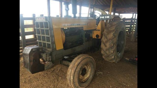 Vendo ou troco - Trator CBT 2105 Muito Novo!
