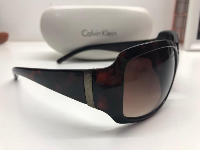 e25b88faea1f9 Óculos de sol Calvin Klein - Bijouterias