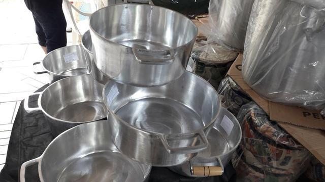 Panelas de alumínio batido Grosso