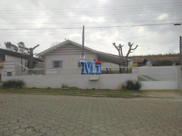 Casa com excelente localização em Barra Velha/SC. Contato: (47) 9  * - Foto 2