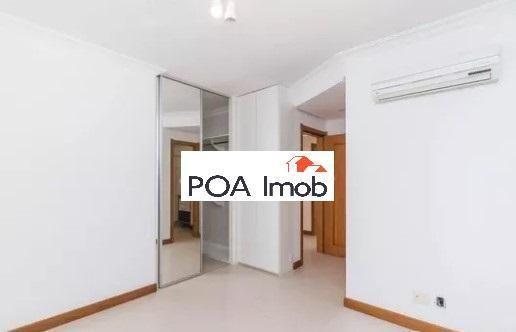 Apartamento semimobiliado com 3 dormitórios no petrópolis - Foto 5