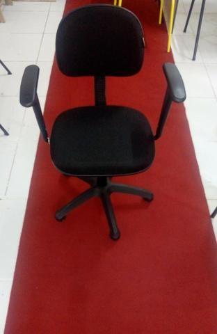 Móveis e cadeiras - Foto 4
