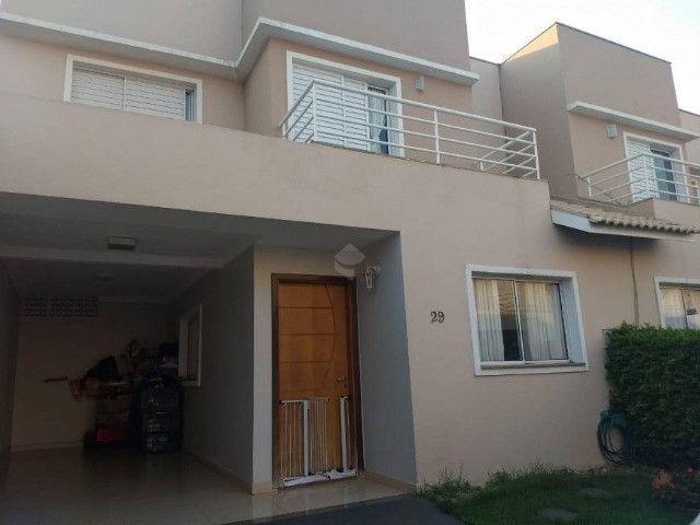 Sobrado no Condomínio Village Arvoredo com 3 dormitórios à venda, 126 m² por R$ 450.000