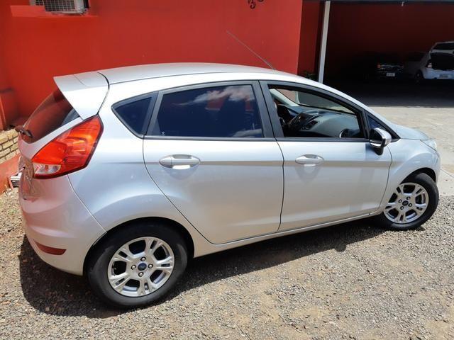 New Fiesta Hatch 1.5 SE * 2014 - Foto 14