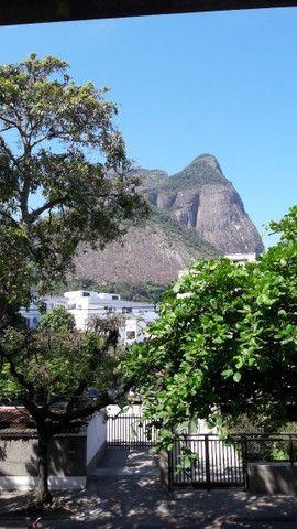Apartamento na Barra da Tijuca, 3 Quartos, 1 Suíte, 152 m², 2 Aptos por Andar