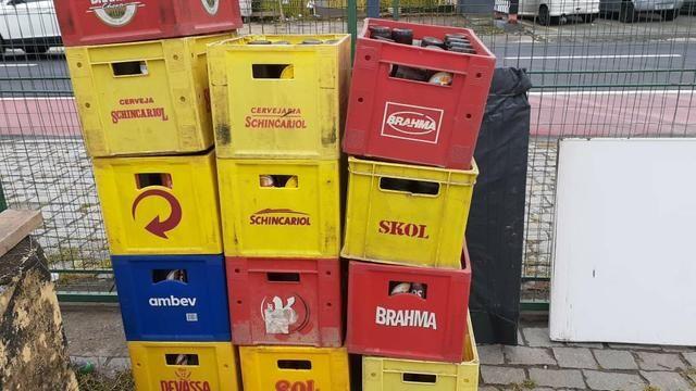 Vendo Engradados de Cerveja