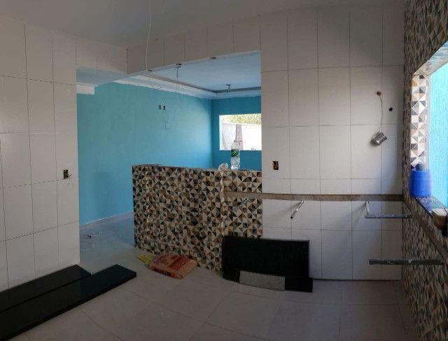 Linda casa em Itaipuaçú com 3 quartos sendo um com suíte!