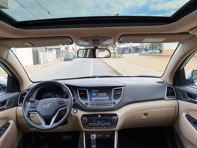 New Tucson GLS 1.6 turbo + interior bege + teto panorâmico - Foto 17
