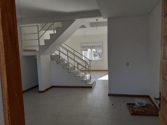 Duplex ao lado do mar! 2 dormitórios c/ suíte - Foto 2