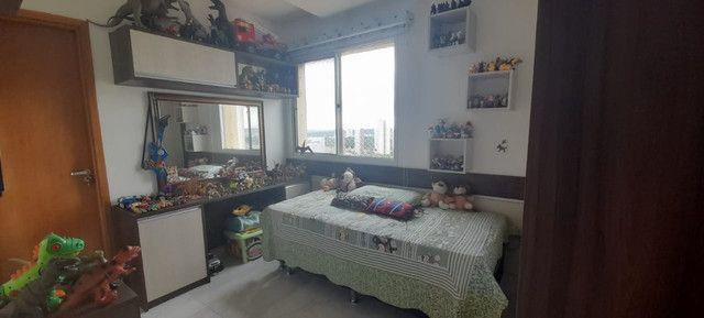 Apartamento na Ponta Negra no 12º Andar/ 3 Dormitórios sendo 2 Suítes . - Foto 3