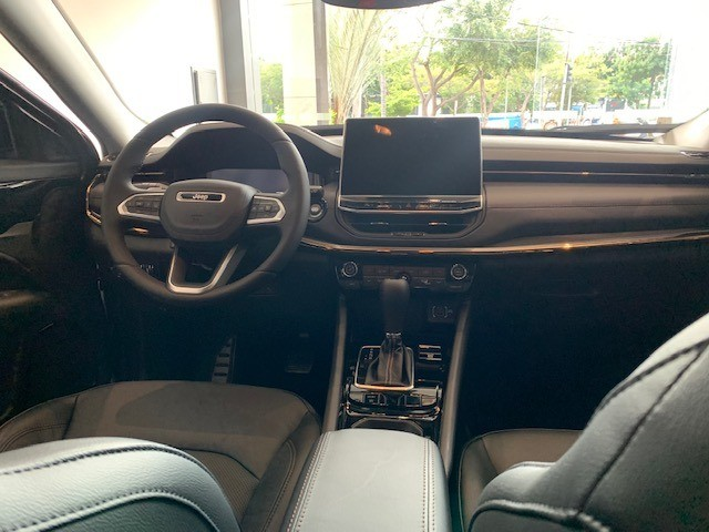 Novo Jeep Compass Limited 1.3 turbo flex 2022 . 185 cavalos exclusivo para PJ e PCD - Foto 8