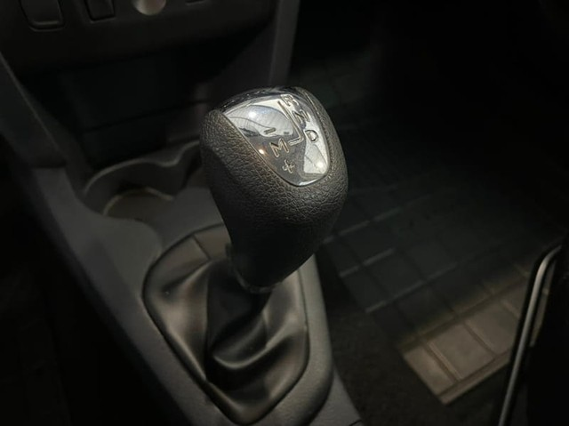 Renault SANDERO EASY R 1.6 - Foto 13