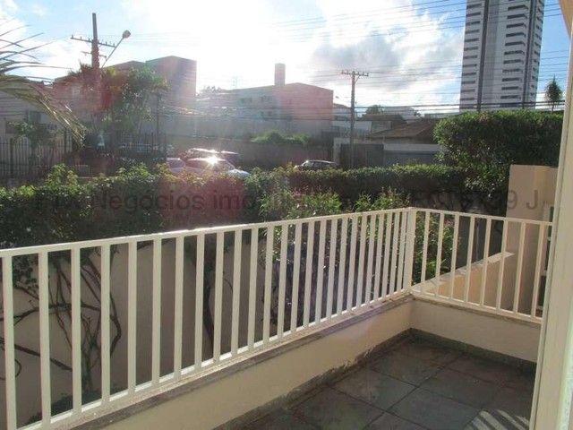 Casa Excelente de Esquina com Terreno 720m² na Rua da Paz - Foto 16