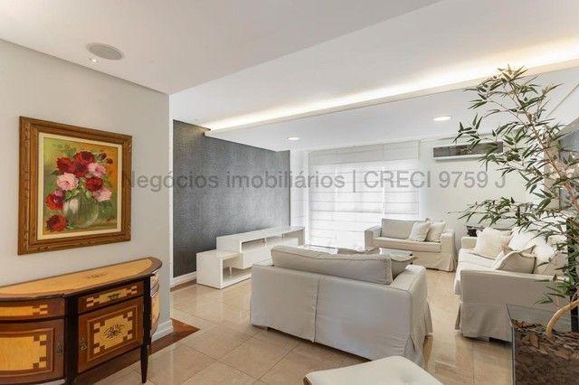 Apartamento impecável, todo decorado e mobiliado - Centro - Foto 4
