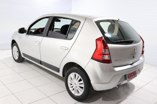 Renault SANDERO PRIVILEGE HI-FLEX 1.6 16V 5P AUT - Foto 4