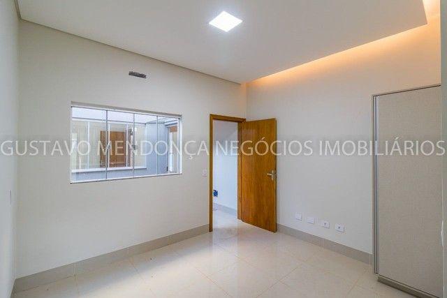 Belíssima casa-térrea no Rita Vieira 1 - Alto padrão de acabamento!! - Foto 19