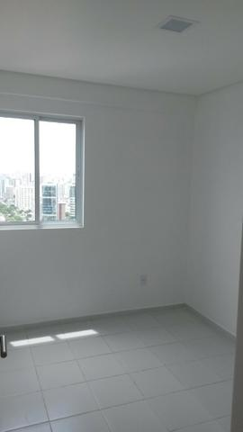 Apartamento em Boa Viagem com 3 quartos sendo 1 suíte,2 vagas de garagem 68m2