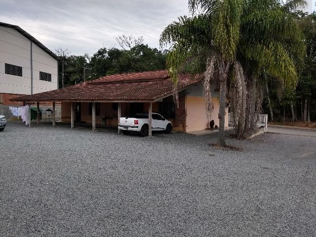 Galpão industrial e comercial, c/ 627,60 m², c/ casa de 192,66 m², valor 1.200.000,00 - Foto 6