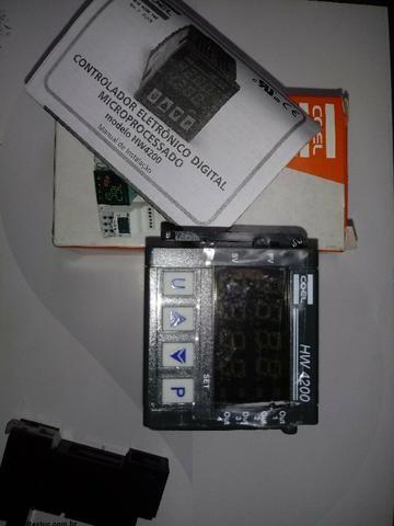 Controlador De Temperaratura Termostato Coel Hw4200/r-4qcs - Novo Na Caixa