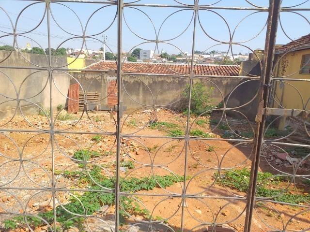 Cód. 6017 - Casa/Barracão e Terreno na Vila Góis - Donizete Imóveis - Anápolis/Go - Foto 20