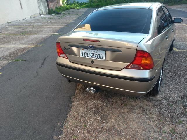 Focus sedan impecável - Foto 14