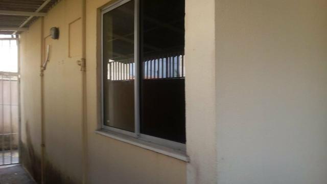 Aluga-se apartamento no condomínio Salinas - Foto 8