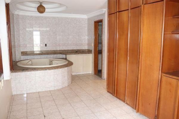 Casa sobrado com 4 quartos - Bairro Setor Bueno em Goiânia - Foto 20