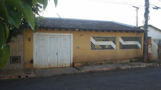Casa Moreninha 2 com piscina - ótima localização - Foto 3
