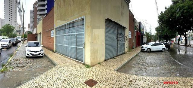 PT0022 Loja no Meireles, prédio de esquina, 8 vagas rotativas, 373m² construído, Meireles
