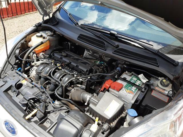 New Fiesta Hatch 1.5 SE * 2014 - Foto 3