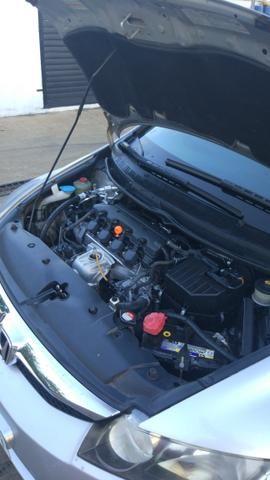 Civic 2010 automático - Foto 16
