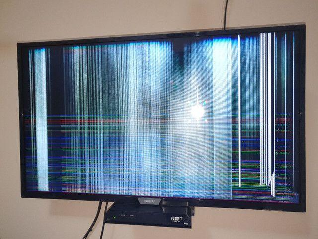 TV 32 Philips Smart , retirada dd peças