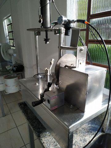Máquina para descascar abóbora cabotia