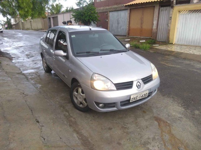 Renault Clio Sedan Flex Completo - Foto 11