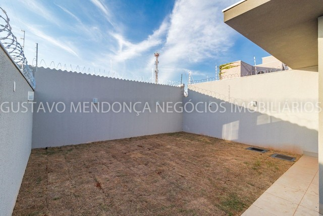 Belíssima casa-térrea no Rita Vieira 1 - Alto padrão de acabamento!! - Foto 7