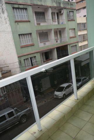 Apartamento 3 Dormitórios com sacada - Uma quadra do Calçadão - Foto 8
