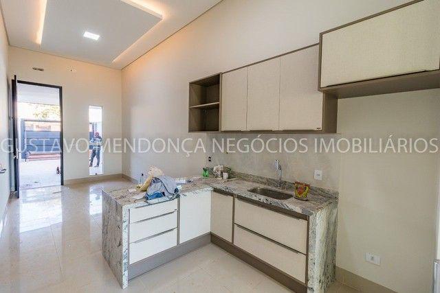 Belíssima casa-térrea no Rita Vieira 1 - Alto padrão de acabamento!!