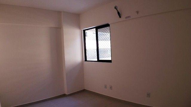 Vendo EVILÁSIO CORREIA 109 m² 3 Quartos 1 Suíte 3 WCs 2 Vagas PONTA VERDE - Foto 8