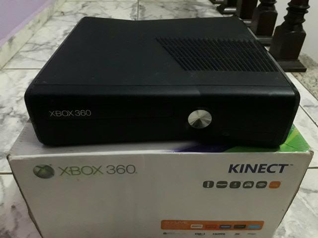 Xbox 360 Slim 4GB e HD 150 externo