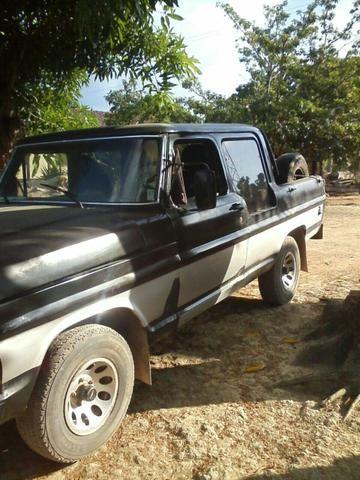 Desapego pra vender logo vendo uma F1000 top por R$ 26mil aceito proposta
