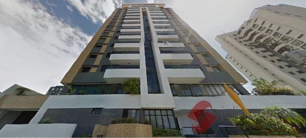 Apartamento cobertura com 4 quartos no Edifício Carvalho Déda - Bairro Treze de Julho em A