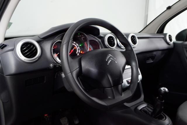 Citroën C3 Origine 1.5 Flex 8V 5p Mec. - Preto - 2014 - Foto 16