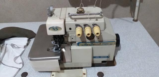 Máquina reta R$700 e overloq 1500 industriais - Foto 4
