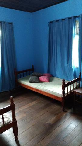 Alugo quarto para Homens tenho 3 livres - Foto 2