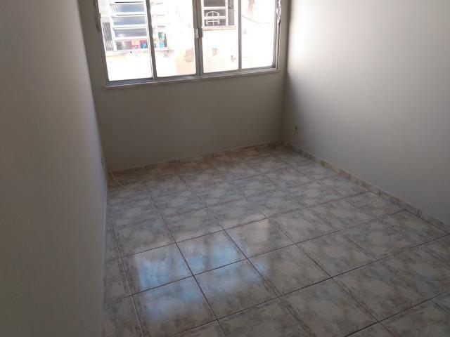 Vendo Vila da Penha apartamento 2 qts sem elevador vaga na escritura - Foto 9